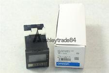 New Omron Temperature Controller E5CN-R2MTC-500 100-240VAC