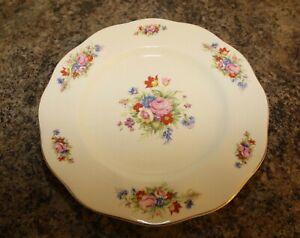 Wedgwood & Co Ltd Rosemary Flowers Spray Pattern 25cm Plate c1950