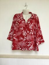 Miller's 22 Red White Floral Button Polyester Top