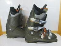 Salomon Performa Ski Boots 28.5 Mondo - Lot 1605