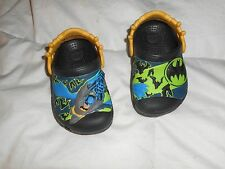 Boys Crocs Batman Black/Yellow/Green Shoes  Size 4/5 Used