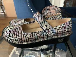 Alegria Paloma Silver Pink Black Metallic Size 41 10 10.5