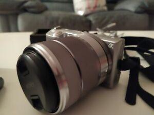 Sony nex5 Mirrorless + Sony 18-55mm