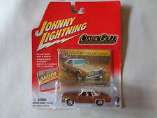 JOHNNY LIGHTNING  CLASSIC GOLD  1976 OLDS  CUTLASS SALON