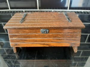 Vintage  WOODEN MUSIC BOX coffer chest shape Reuge Swiss movement not working