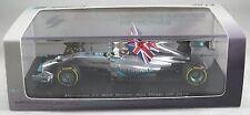 MERCEDES F1 W05 #44 Lewis HAMILTON F1 2014 ABU DHABI GP winner + FLAG SPARK 1:43