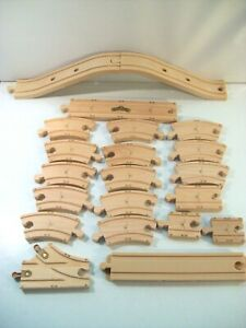 LOT OF 21 CHUGGINGTON WOODEN RAILWAY TRACK REPLACEMENT PIECES WOOD & PLASTIC