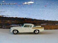 Corgi Toys 211M Studebaker Halcón Dorado (2)