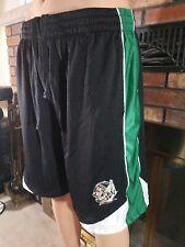 North Dakota State Fighting Sioux NCAA Basketball Shorts Mens Size Large RARE