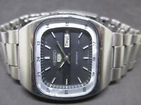 MECHANICAL VINTAGE MEN'S SEIKO 5 AUTOMATIC DAY & DATE WORKING WRIST WATCH