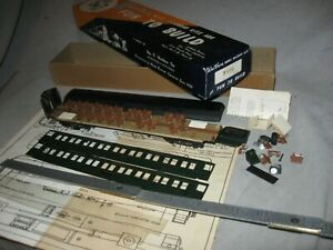 X6121 HO RARE old WALTHERS 7876 C&NW 60' COACH wood/metal side kit, CV TRUCKS