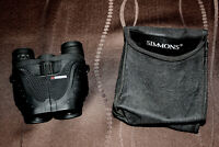 SIMMONS 899875 PROSPORT PORRO PRISM ZOOM 8-17 X 25 COMPACT BINOCULARS WITH CASE