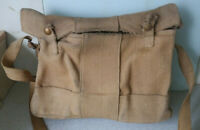 VINTAGE WW2 MILITARY CANVAS GAS MASK SHOULDER BAG- MAKER M.E & CO