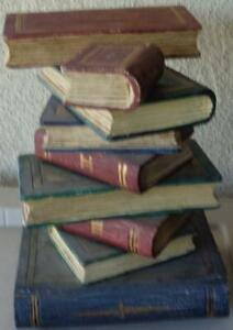Wonderful Sculpture Wooden Table Base - Stack of Books - VGC - FABULOUS PIECE