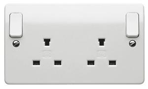 MK Electric K1246WHI  2 Gang Double Pole Non Standard Switch socket 13A