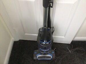 Shark Lift-Away Upright Bagless Vacuum Cleaner NV601UK