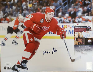 Vladimir Konstantinov Detroit Red Wings Autographed 8×10 Action Photo