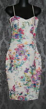 Womens size 6 pretty fitted floral dress made by LIPSY London