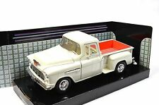 CHEVROLET 5100 STEPSIDE PICKUP 1955 MOTORMAX 73236 1:24 NEW DIECAST CREAM