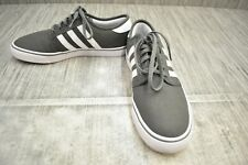 **Adidas Seeley AQ8528 Sneaker - Men's Size 9.5, Grey