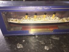 Atlas Editions - RMS Titanic Luxury Liner 1:1250  New With COA 21.5cm In Length.