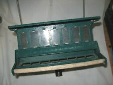 New listing Vg Used Heritage Farms No. 7511 Squirrel Proof Bird Feeder mnts on pole or hangs