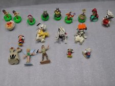 Lot de 18 figurines divers marques Walt Disney