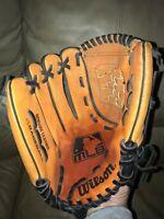 "Wilson A2452,11 1/2""<LHT< leather baseball mitt^^MLB<>w/glove oil"