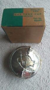 1953-55 Chevy NOS Locking Gas Cap, GM Part # 986691