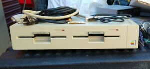 vintage rare apple Duo 5.25 Floppy Disk Drive with with original apple sdci cord