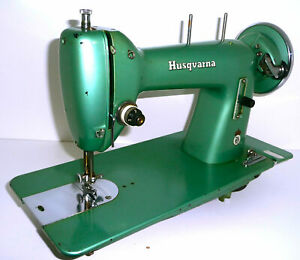 Antique vintage Husqvarna (viking) typ18 green sewing machine treadle