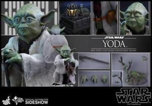 Star Wars Figurine Yoda Jedi 13 CM Sideshow On the Planet Dagobah
