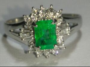 Solid platinum natural emerald and diamond ring 4.16 grams - sz 7