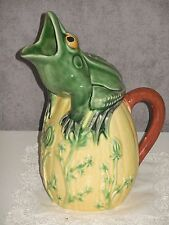 FROG MAJOLICA PITCHER / CALDAS DA RAINHA / Bordallo PINHIERO signed