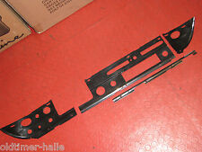 MERCEDES W110 Original Set Kunststoff Plastik Abdeckung Armaturenbrett 4-teilig