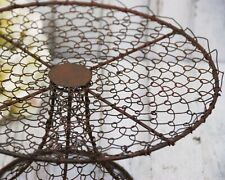 Rustic farmhouse primitive style metal twisted wire pedestal cake stand decor