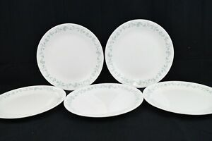 """5 CORELLE Corning COUNTRY COTTAGE 10 1/4"""" DINNER PLATES~DISHES~Blue HEARTS~VINES"""