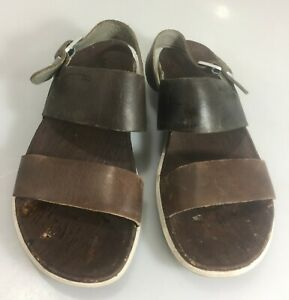 Merrell Sandals Womens 7 Around Town Vertver Leather Backstrap Womens Shoes