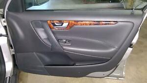 05-07 Volvo XC70 Passenger Right Front Interior Door Panel OEM