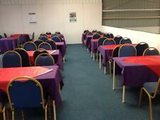 SET BANQUETING RESTAURANT CHAIRS AND RESTAURANT TABLES