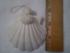 """Usa Margaret Furlong 2000 3"""" Angel Shell With Coral"""