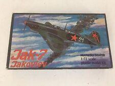 Vintage Russia Made Jak-7 Jakovlev Fighter Airplane Model Kit 1/72 NIOB