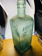 CRUDE EXAMPLE GORDON'S DRY GIN LONDON ENGLAND BOTTLE BOAR PIC 1800S DRIPPY LIP