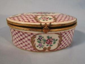 """ANTIQUE FLORAL PAINTED CHINESE EXPORT FRENCH SAMSON 5"""" PORCELAIN TRINKET BOX"""
