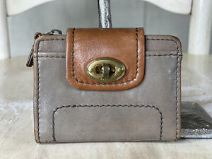 """FOSSIL Women's Mason """"43"""" Taupe Leather Turn Lock Bifold Wallet Clutch Small"""