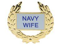 Navy Wife Wreath Veteran Hat or Lapel Pin HON14359 D130