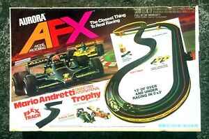 1979 Complete Tested Gran Prix Trophy AFX Aurora Slot Car Set #2883 w/ 2 Cars