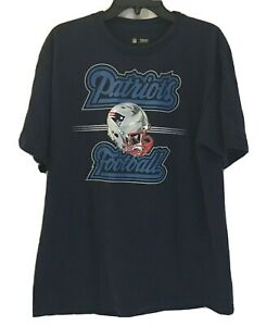 NFL Team Apparel New England Patriots Mens T-shirt Double Sided Helmets Size L