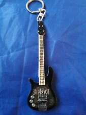 Slipknot 10cm Wooden Guitar Key Chain b&w