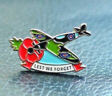 RED POPPY RAF SPITFIRE PIN BADGE LEST WE FORGET BATTLE OF BRITAIN 1940